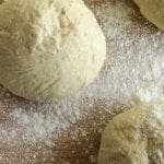 Pizzadej - enkel opskrift på hjemmelavet pizzadej