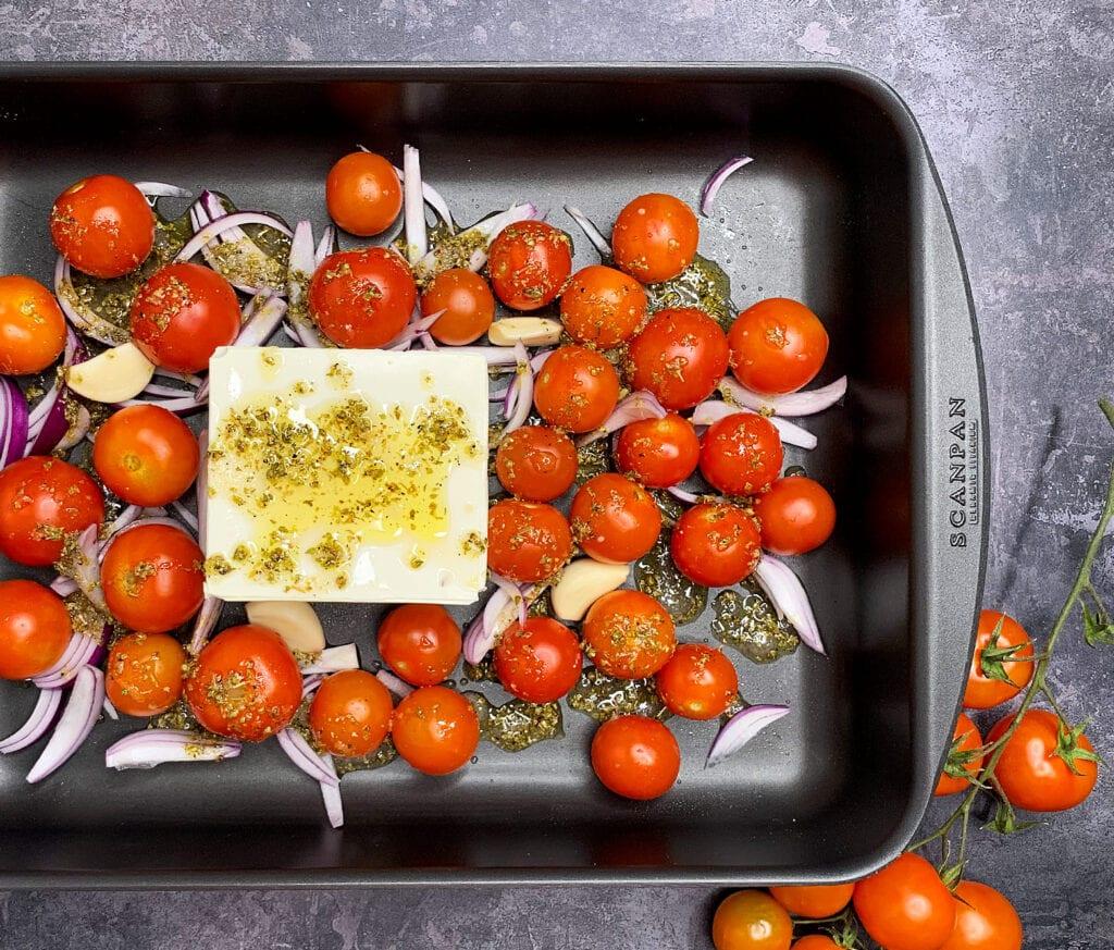 Bagte tomater og feta i ovn
